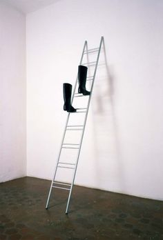 Roman Signer: Leiter, 1995
