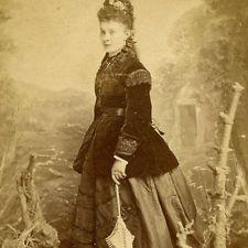 WOMAN VELVET COAT UMBRELLA CDV PHOTO CARTE DE VISITE VICTORIAN ST JOHNS WOOD
