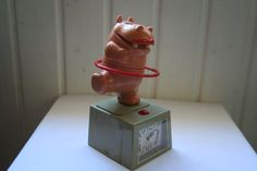 A dancing hippo alarm clock. by DecadesOfFunkiness on Etsy