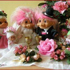A beautiful wedding.  ....troll couple