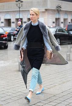"""This season, the Paris Street Style Fall 2014, was nothing but a cultivation of effortless chic. That """"je ne sais quoi"""" that takes over every women while in Paris, is effortless and chic."""
