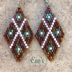✨Diamond Miyuki Hex Earrings with Flowers✨ •••••••••••••••••••••••••••• #etsyseller #etsyshop #fanfare #esesbeads #showmeyourbeads #accessories #miyukihexcut #earcandy #delicabeadsartist #shophandmade #brickstitch #handcraftedjewelry #brickstitchearrings #handmadeisbetter #uniquejewelry #uniqueaccessories #letmeaccessorizeyou #beadaddict #beadaholic #handcraftedjewelry #diamondshapeearrings #uniquejewelry #myukibeads #brickstitchpattern #fortheloveofbeads #jewelryaccessories #buyhandm...