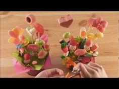 Maceta con flores de chuches - YouTube