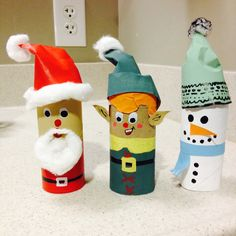 Toilet paper roll Christmas decorations!