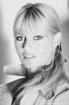 Brigitte Bardot, Bridget Bardot, Hollywood Celebrities, Hollywood Actresses, Actors & Actresses, She Was Beautiful, Beautiful Women, Divas, Winter Mode