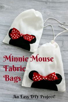 These easy DIY Minnie Mouse Fabric Bags make perfect goodie bags or a handy bag for your little girl to hold her gear! Minnie Mouse Fabric, Diy Backpack, Drawstring Backpack, Fabric Bags, Disney Crafts, Girls Bags, Sewing Projects For Beginners, Goodie Bags, Sewing For Kids