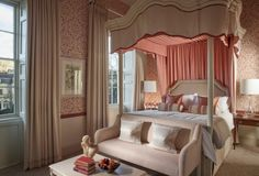 Guest Room at 5 star hotel: The Royal Crescent Hotel. This hotel's address is: 16 Royal Crescent Lower Weston Bath and have 0 rooms Spa Hotel, Hotel Suites, Honeymoon Style, Long House, Country House Hotels, Spa Rooms, French Furniture, Master Suite, Design