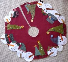This is a colorful, festive, handmade felt tree skirt. A beautiful additional to your Christmas decorations. This skirt is 48 in diameter. If youd like it a bit longer or a little shorter for smaller trees, leave a message and well make adjustments. Christmas Sewing, Christmas Snowman, Winter Christmas, Christmas Stockings, Christmas Ornaments, Crochet Christmas, Christmas Angels, Christmas Christmas, Christmas Projects