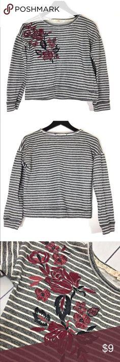 Rewind cropped sweatshirt Size S, Stripe Gray with embroidered Floral design. Rewind Tops Sweatshirts & Hoodies