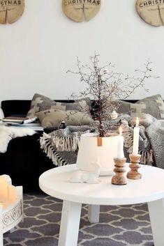 Nouvelle tendance Hygge qui promet une maison chaleureuse et accueillante pour un Noel cocooning