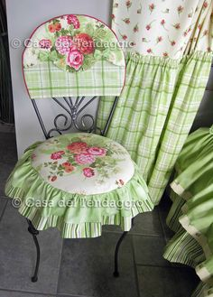 cute pink and green decor with mixed flower print and plaid fabrics