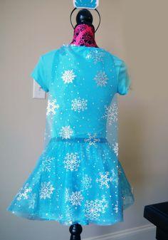 Elsa Costume, Elsa Running Costume, Frozen Skirt, Running Skirt, Sparkle Blue Running Skirt, Sparkle Running Skirt, 5K Skirt, Princess Skirt by prettypumpkin on Etsy https://www.etsy.com/listing/269464773/elsa-costume-elsa-running-costume-frozen