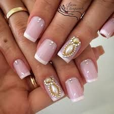 Floral Nail Art Design gives life to your nails. By adding white polish on the tips with flower details on them. Don't forget to add simple stones or glitters or embellishment on top to highlights the details . Fabulous Nails, Gorgeous Nails, Pretty Nails, Crazy Nails, Love Nails, My Nails, French Nails, Classic Nails, Rhinestone Nails