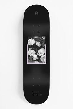 Skateboard Photos, Skate Photos, Skateboard Deck Art, Skateboard Design, Custom Skateboards, Cool Skateboards, Longboard Design, Skater Girl Outfits, Skate Girl