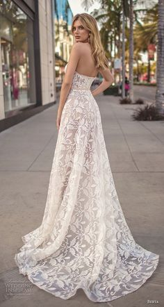 Brides. Choosing a location for the wedding ceremony can be just as  important as picking · Abiti Da Sposa ... 620daaea8fd