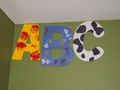 Teaching the Alphabet to Toddlers and Pre-schoolers {resources}cute letters of the week