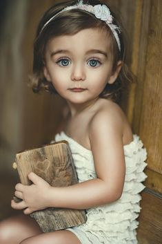 Interview with Krzysztof and Maria Slowinski – The Winners of Monthly Contest CPC Portrait Awards, February 2020 – Child Photo Competition Photographer Portfolio, Ivy Flower, Im A Princess, Monthly Photos, Brave Girl, My Beautiful Daughter, Photo Competition, Photo Contest