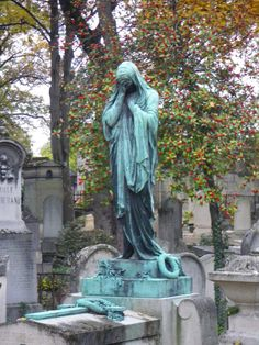 statue, pere lachaise cemetery by Tawnywolf57.deviantart.com on @deviantART