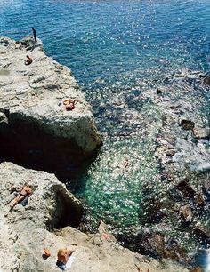 Syracus an der Südostküste Italiens. Hier entdeckten wir gerade unseren neuen Lieblingswinzer Marcin Öz! Halleluja!