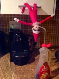 Sweet tooth (Elf on The Shelf)