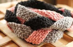 A simple, but luscious, scarf pattern using 3 skeins of yarn and one crochet needle. Love it. Must make.    Crochet Scarf Pattern: Braided Infinity Scarf