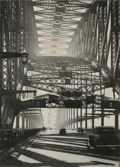 Harold Cazneaux (Australian photographer): Sydney Bridge circa 1934