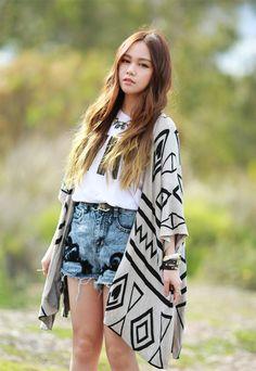 Chloe Ting - Casual Wear