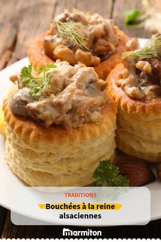 Bouchées à la reine comme en Alsace - Best Pins swedish French Appetizers, Chicken Appetizers, Cheese Appetizers, Appetizer Recipes, Vol Au Vent, Beef Sweetbreads Recipe, Meat Recipes, Cooking Recipes, Healthy Recipes
