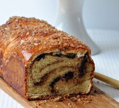 Click Pic for 35 Easter Dessert Recipes - Chocolate and Hazelnut Babkas - Easter Food Ideas Sweets Recipes, Easter Recipes, Cooking Recipes, Yummy Recipes, Quick Easy Desserts, Delicious Desserts, Yummy Food, Easter Deserts, Easter Food