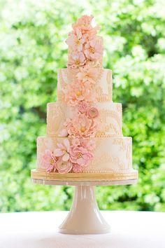 Wedding Cake: Sugarland - sugarlandchapelhill.com. Photography: Robyn Van Dyke Photography - robynvandykephotography.com/index2.php