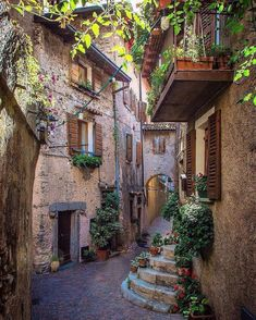 """Literally one of the """"Most Beautiful Villages of Italy"""" Use to share your photos from the region and look for travel inspiration for your next vacation! Places Around The World, Oh The Places You'll Go, Places To Travel, Around The Worlds, Siena Toscana, Wonderful Places, Beautiful Places, Beautiful Pictures, Voyage Europe"""
