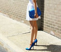 THE CLASSIC CROSS-BODY | BLUE
