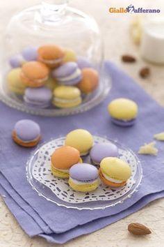 Macarons multicolor: per festeggiare il Carnevale in modo originale ma rigorosamente colorato, come tradizione vuole!