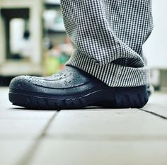 SFC Froggz Elite - Black - Non-Slip Rubber Clogs For Work. Chef life in  Shoes For Crews ... 53e853d5a