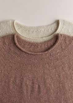 Purl Soho Top-Down Circular Yoke Pullover PatternOur Top-Down Circular Yoke Pullover knitting pattern features simply executed details: its delicate neckline, subtle yoke, and easy rolled hem. Sweater Knitting Patterns, Knit Patterns, Hand Knitting, Cardigan Pattern, Knitting Sweaters, Hand Knitted Sweaters, Top Down, Knitting Humor, Purl Soho