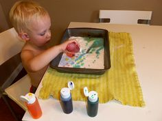 i'm going to make it (after all): 100 (Attempted) Ways to Entertain a Young Toddler, Day Vinegar-Baking Soda Color Explosion