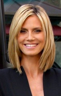 """Layers aren't always easy to get right. You go into the hair salon with a picture of long subtle layers but leave with the choppy """"Rachel"""" haircut. In this post we will help guide you to the perfect layers for your straight or wavy hair texture. Take these photos into the salon with you when …"""