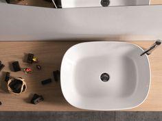 Lavabo da appoggio in ceramica EGG by Ex.t finitura opaca all'esterno e lucida all'interno. 58x44xh15 cm  Between: €563.11 And: €726.23