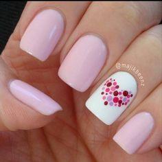 Unhas pink com coração!