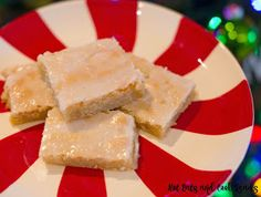 These bars are great for any potluck, snack or party! Full of delicious almond flavor and so easy to make! Almond Banket Bars Recipe from Hot Eats and Cool Reads