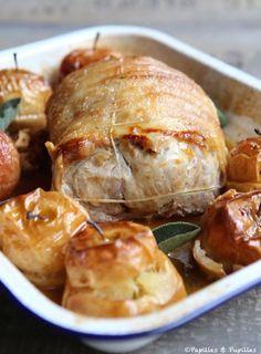 Rôti de porc aux pommes et cidre (via Papilles & Pupilles) http://www.papillesetpupilles.fr/2015/02/roti-de-porc-au-cidre-et-aux-pommes.html/