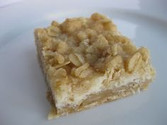 Sunday Treats: Oatmeal Lemon Creme Bars
