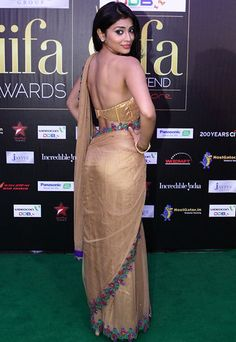 Shriya Saran #Bollywood #Fashion