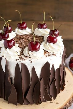 Black Forest Cake combines rich chocolate cake layers with fresh cherries, . -This Black Forest Cake combines rich chocolate cake layers with fresh cherries, . Food Cakes, Cupcake Cakes, Cupcakes, Black Forest Cherry Cake, Cake Recipes, Dessert Recipes, Top Recipes, Healthy Recipes, Buttery Cookies