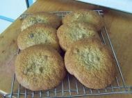 This recipe for Giant Chocolate Chunk Cookies is great for the kids Chocolate Chunk Cookie Recipe, Giant Chocolate, 300 Calories, Biscuits, Muffin, Cooking, Breakfast, Ethnic Recipes, Food