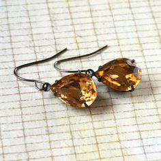 Rhinestone Dangle Earrings Light Topaz by PaisleyBeading on Etsy!