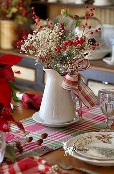 Farmhouse Christmas Decorating Ideas (26)