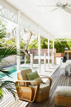 Love the glass fence, decking & colours Outdoor Rooms, Outdoor Gardens, Outdoor Living, Outdoor Furniture Sets, Glass Pool, Glass Fence, Patio, Backyard, Pergola Images