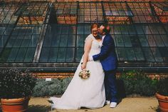 Big kiss on the cheek! Lovely couple these 2!  #wedding #bride #engagement #groom #belgium #weddingphotographer #fuji #bnw #flower #weddingplanner #eventplanner #fujixt1 #fujixt10 #vsco #fearlessphotographer #fearlessphotographers #weddingphotography #bridal #fujixseries #bridebusiness #weddings #flowers #weddinginspiration #fashion #flowergirl #fashionstyle #gowns #weddison #wedinspiration