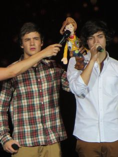 Liam and Hazza ... and woody <3